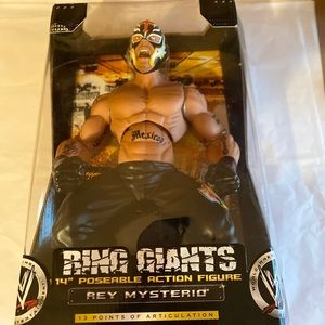 "WWE RING GIANTS  ""Rey Mysterio"" action figure"